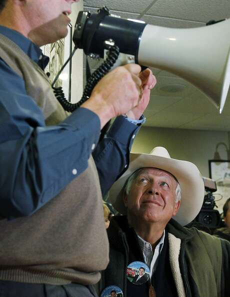 Supporter of Republican presidential candidate former Pennsylvania Sen. Rick Santorum, Foster Friess, during a meet and greet campaign stop at Pizza Ranch, Monday, Jan. 2, 2012, in Altoona, Iowa. (AP Photo/Eric Gay) Photo: Eric Gay, Associated Press