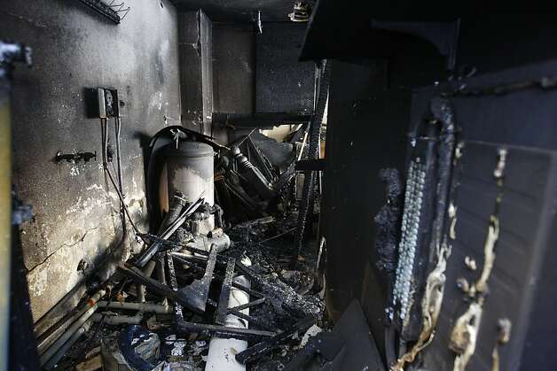 LOS ANGELES, CA - JANUARY 2:  An apartment complex that was burned in a spree of arson fires lies in ruins on January 2, 2012 in Los Angeles, California. Police have taken a suspect into custody whom they believe was responsible for setting more than 50 fires over the weekend.  (Photo by David McNew/Getty Images) Photo: David McNew, Getty Images