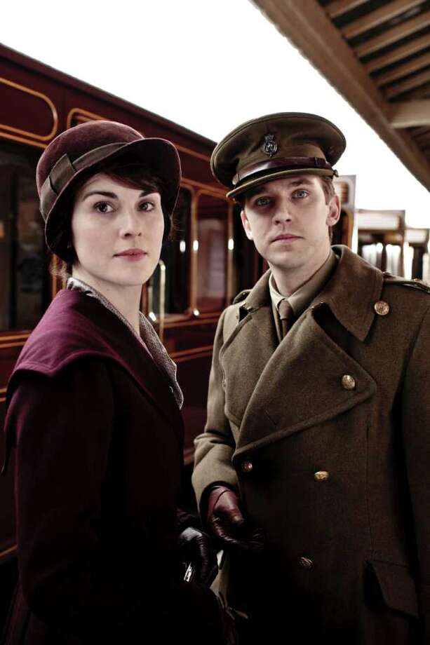 "Michelle Dockery as Lady Mary and Dan Stevens as Matthew Crawley star in the PBC miniseries ""Downton Abbey."" Photo: CARNIVAL FILM & TELEVISON LTD."
