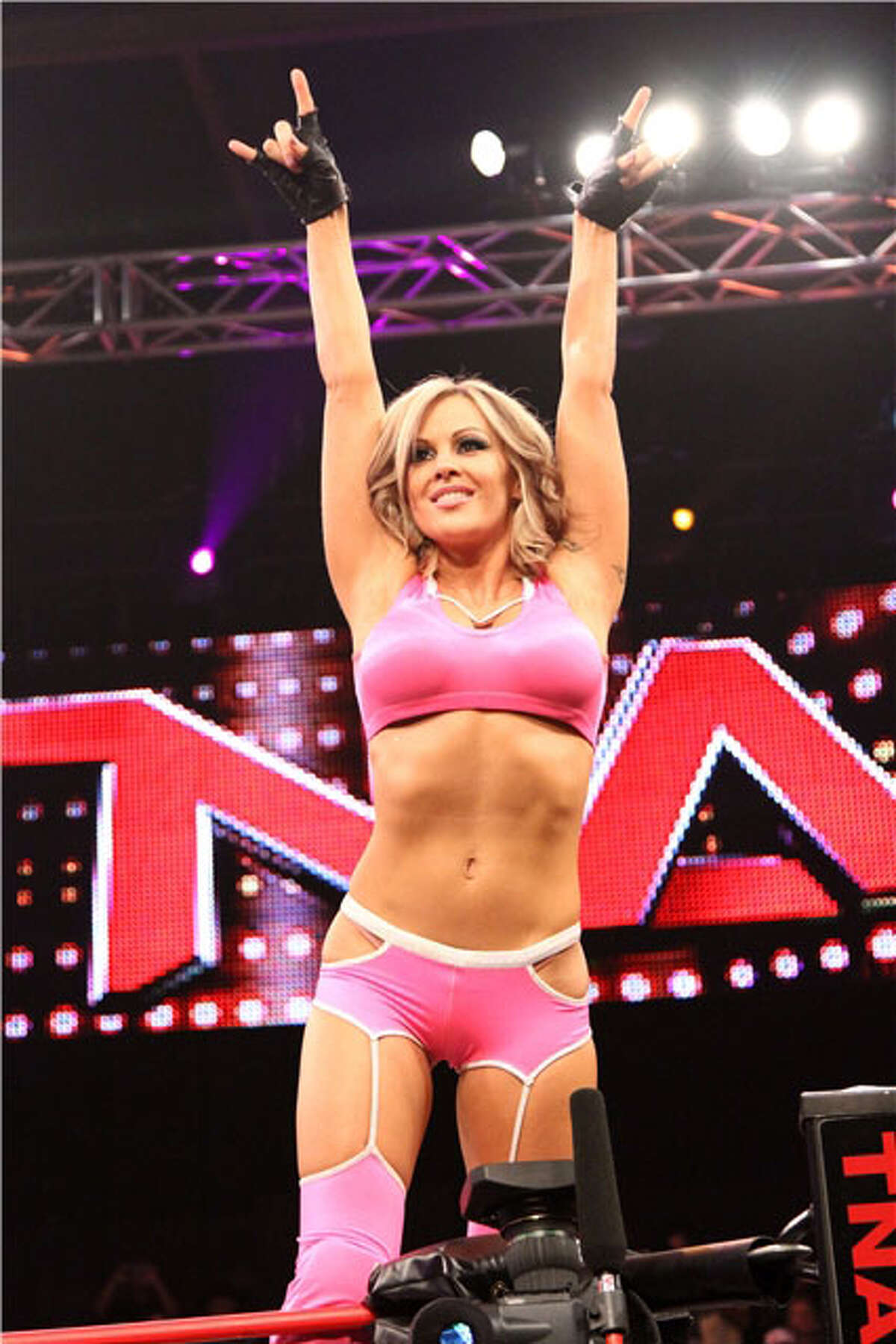 TNA Knockout Velvet Sky will compete in the TNA Impact Wrestling World Tour on Thursday, Jan. 12 at Toyota presents the Oakdale Theatre in Wallingford.