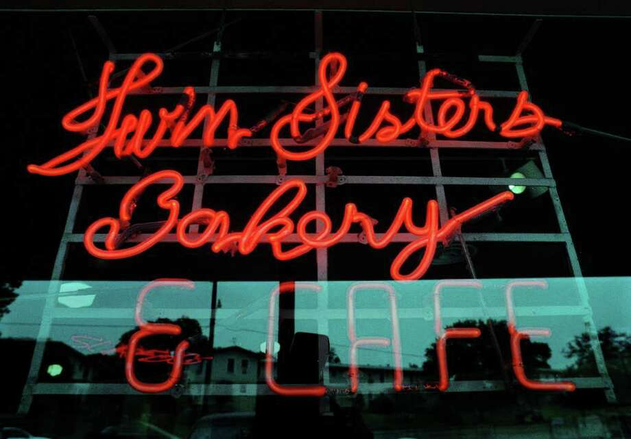 Twin Sisters sign at the North New Braunfels location. Photo: GLORIA FERNIZ