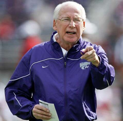 Head coach Bill Snyder of the Kansas State Wildcats instructs his team during a game against the Oklahoma Sooners at Bill Snyder Family Stadium on October 29, 2011 in Manhattan, Kansas. Photo: Ed Zurga, Getty Images / 2011 Getty Images