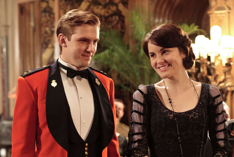 "Dan Stevens as Matthew with Lady Mary (Michelle Dockery) in ""Downton Abbey."" Fans were angry when he was killed off. Photo: Nick Briggs, Handout / ITV For MASTERPIECE / ONLINE_YES"