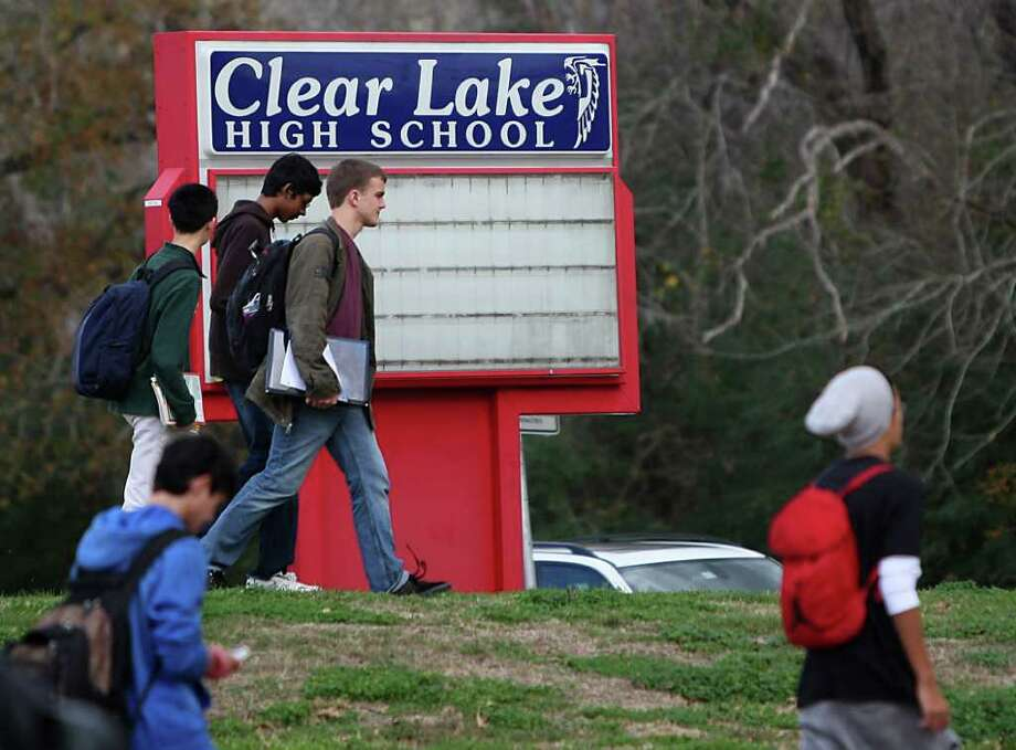 Administrators at Clear Lake High, which has an exemplary state rating, are investigating a cheating scandal. Photo: Karen Warren / © 2012  Houston Chronicle