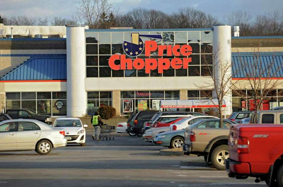 Exterior of the Price Chopper on Rt. 9 Thursday, Jan 5, 2012 in Latham, N.Y.  (Lori Van Buren / Times Union) Photo: Lori Van Buren