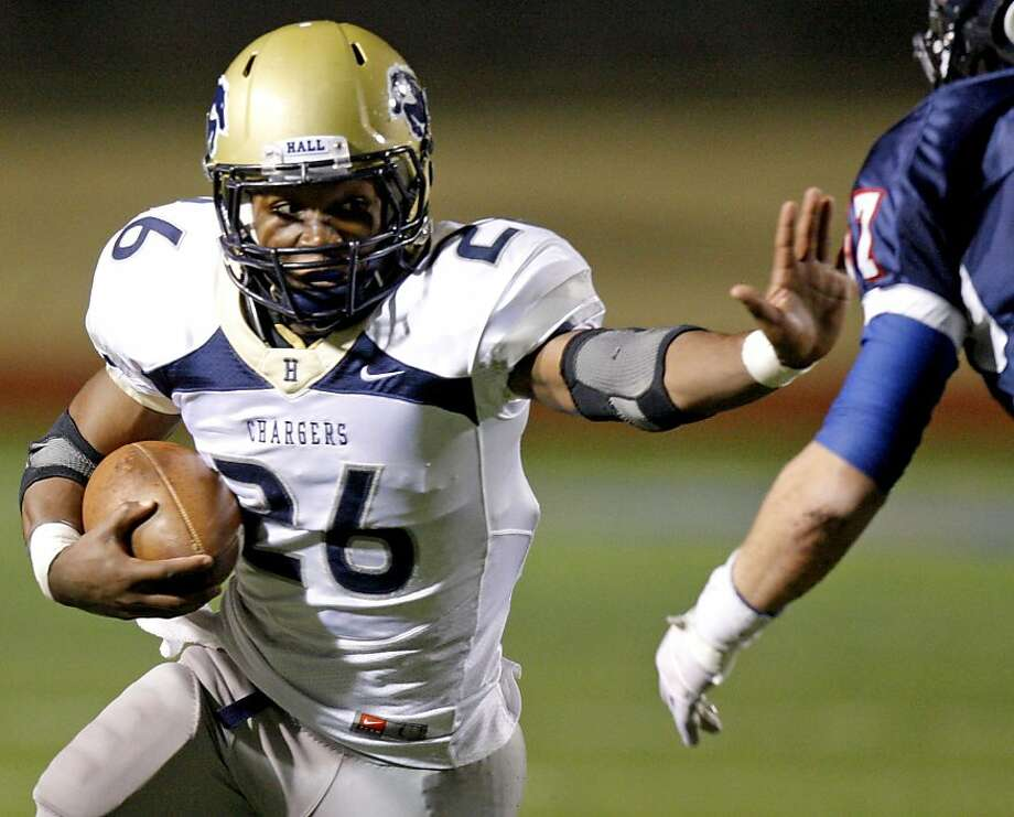 Heritage Hall's Barry J. Sanders runs the ball during the Class 3A high school football semifinal game between Heritage Hall and Cascia Hall at Pioneer Stadium in Stillwater, Okla., Friday, Dec. 2, 2011. Photo by Bryan Terry, The Oklahoman Photo: Bryan Terry, THE OKLAHOMAN