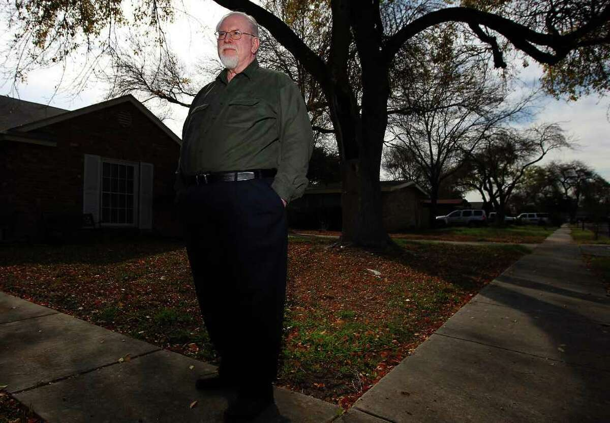 """A reader praises Brendan Gill, who retired from Texas Rio Grande Legal Aid, for his """"lasting contributions to this community."""""""