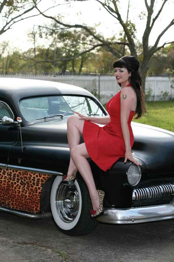 Heidi Van HorneHair & makeup by: Angel Jagger 