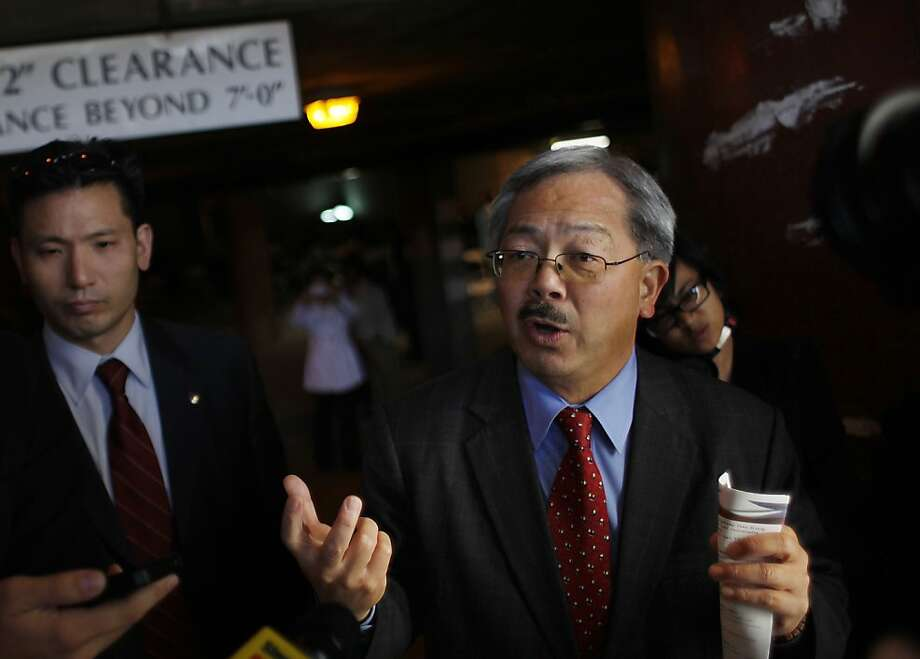 Mayor Ed Lee visits Vet Connect which was held at the San Francisco Veterans Affairs Downtown Clinic/Comprehensive Homeless Center on Wednesday, November 11, 2011 in San Francisco, Calif. Photo: Lea Suzuki, The Chronicle