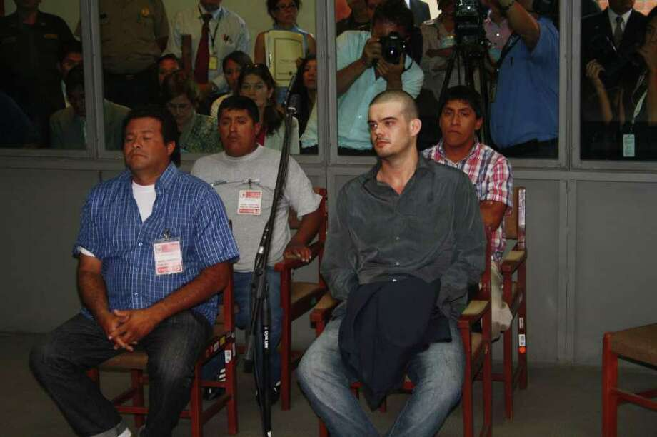 Handout picture released by Andina showing Dutch national Joran Van der Sloot (R) appearing before court at Lurigancho prison in Lima on January 06, 2011. Trial gets in Lima for Van der Sloot, accused of killing Flores in 2010 and who also is a suspect in the disappearance years earlier of an American woman in the Caribbean.   AFP PHOTO/ANDINA    PERU OUT     RESTRICTED TO EDITORIAL USE-NO MARKETING-NO ADVERTISING CAMPAIGNS-MANDATORY CREDIT 'AFP PHOTO/ANDINA' -DISTRIBUTED AS A SERVICE TO CLIENTS Photo: ANDINA, AFP/Getty Images / AFP
