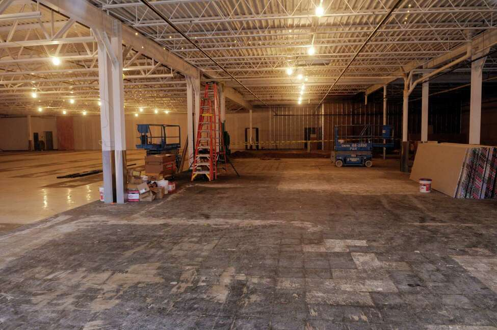 A view of the Former Office Max on Wolf Rd. on Tuesday, Nov. 29, 2011 in Colonie, NY. This site is likely to beome home to Capital Region's first Trader Joe's. (Paul Buckowski / Times Union)