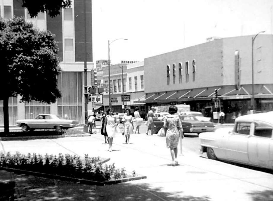 Northeast corner of Soledad and Commerce streets. To the left is the old San Antonio Savings Association building and to the right is the Berns department store. A guy sold newspapers outside Berns, and my parents always bought the San Antonio Light from him. Photo: Kolarik / To be published ONLY on the iPad edition.