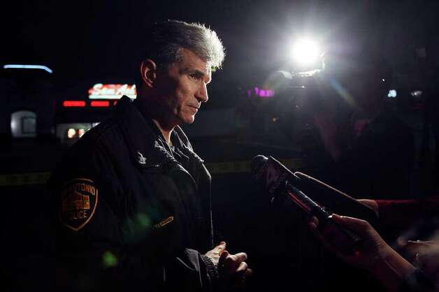 SAPD Chief William McManus answers questions from the media at the scene of a shooting, 25 NE Loop 410, Sunday Jan. 8, 2012. Photo: EDWARD A. ORNELAS, Express-News / SAN ANTONIO EXPRESS-NEWS (NFS)