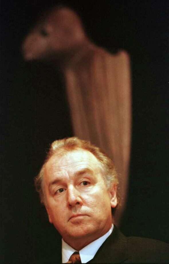 Times Union photo by CINDY SCHULTZ -- TUES., JAN. 12, 1999 -- ALBANY, NY -- Cliff Siegfried speaks during a news conference to announce his new position  as director of the New York State Museum and assistant commissioner for museums. Photo: CINDY SCHULTZ / ALBANY TIMES UNION