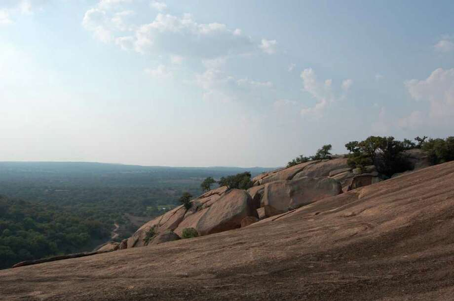 Viewers to Enchanted Rock State Park will feel high and mighty taking in the spectacular views. Photo:  Melissa Ward Aguilar, STAFF / © 2008 Houston Chronicle