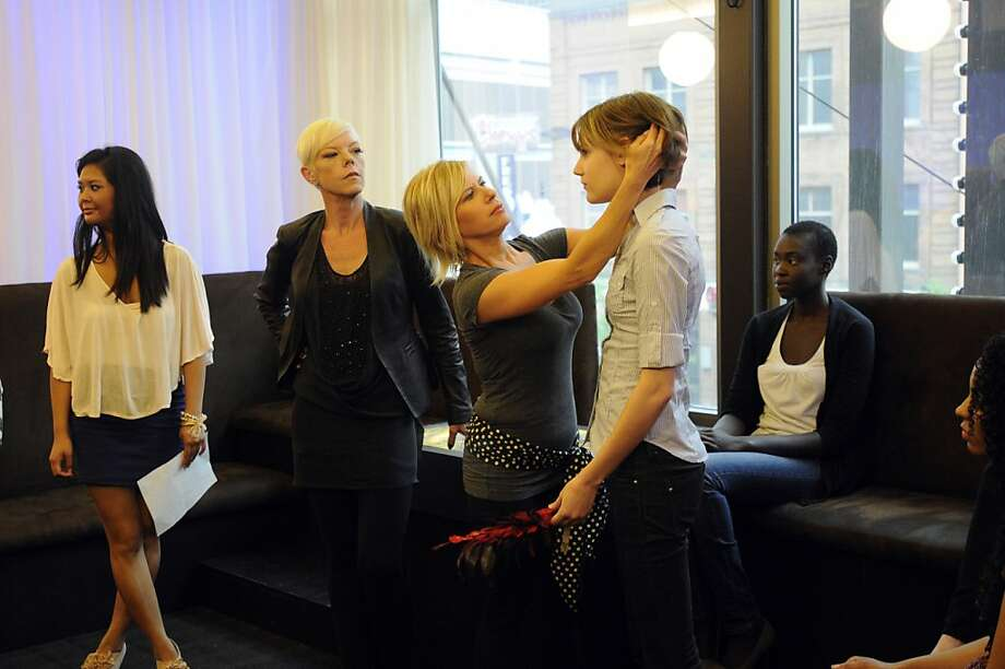 "TABATHA TAKES OVER -- ""Jungle Red Salon, Minneapolis, MN"" -- Pictured: (center left) Tabatha Coffey Photo: Craig Lassig, Bravo"