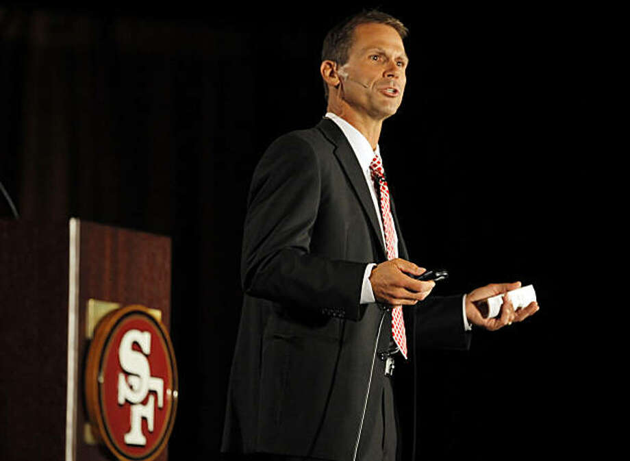 49ers Vice President of Player Personnel Trent Baalke addresses the crowd of fans at the Santa Clara Convention Center on Tuesday. Photo: Carlos Avila Gonzalez, The Chronicle