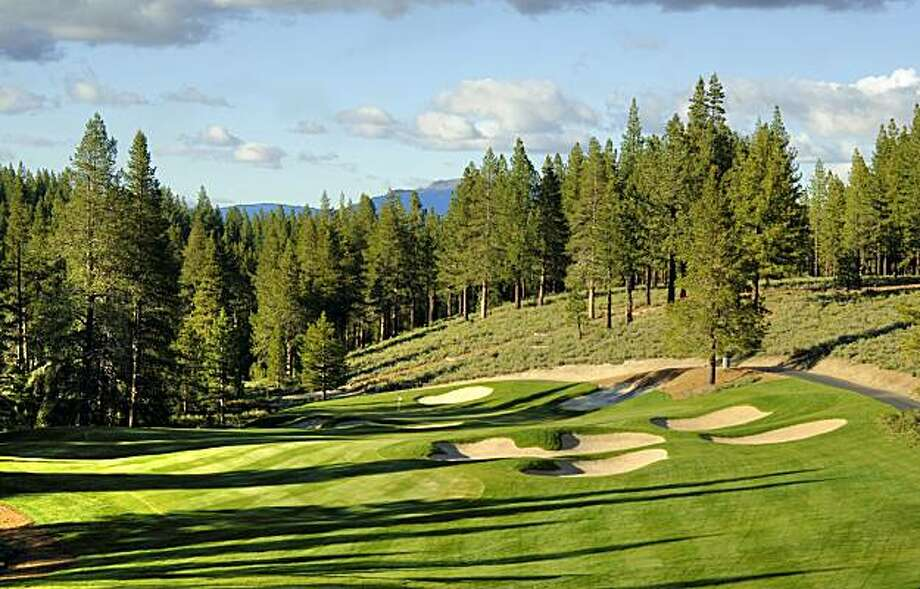 Once a playground for members and their guests, Grays Crossing has opened its arms to visitors willing to pay its steep greens fees. Photo: Courtesy Rod Hanna, Golf The High Sierra