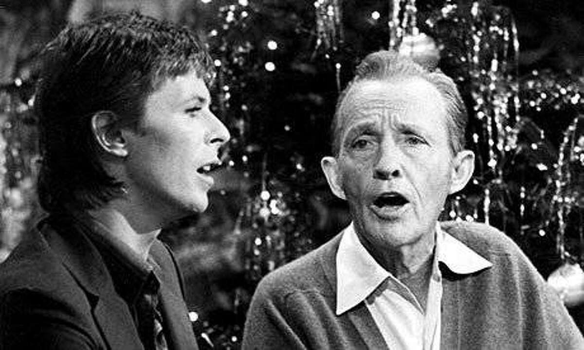 """David Bowie and Bing Crosby in """"Bing Crosby's Merrie Olde Christmas"""" TV special in 1977."""