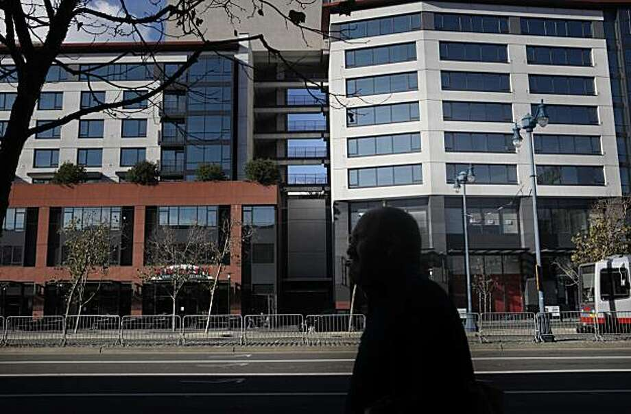 The California Institute of Regenerative Medicine stand prominently at 219 King Street on Thursday Dec. 23, 2010 in San Francisco, Calif. Photo: Mike Kepka, The Chronicle