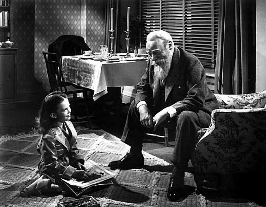 "Natalie Wood and Edmund Gwenn in ""Miracle on 34th Street."" Photo: 20th Century Fox"