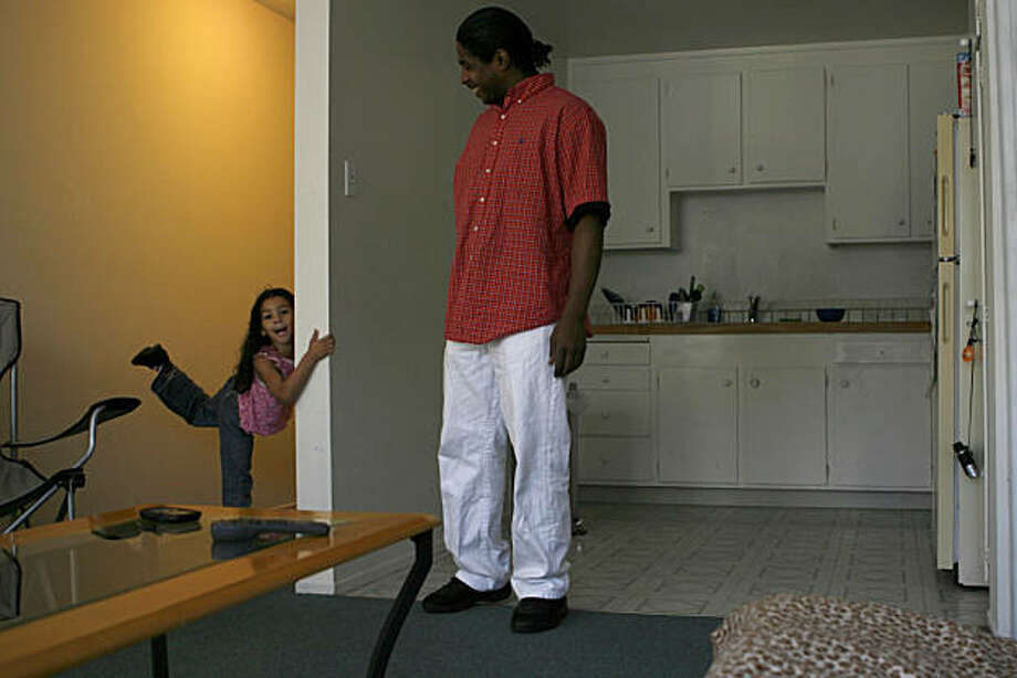 After serving in the U.S. army for eight years, disabled veteran Jason Nash was homeless, and had to stay with relatives with his 5-year-old daughter Lucy before moving into this Section 8 two bedroom apartment in which they both now live in San Francisco, Calif. on Sunday, Nov. 20, 2010. Photo: Kirsten Aguilar, The Chronicle