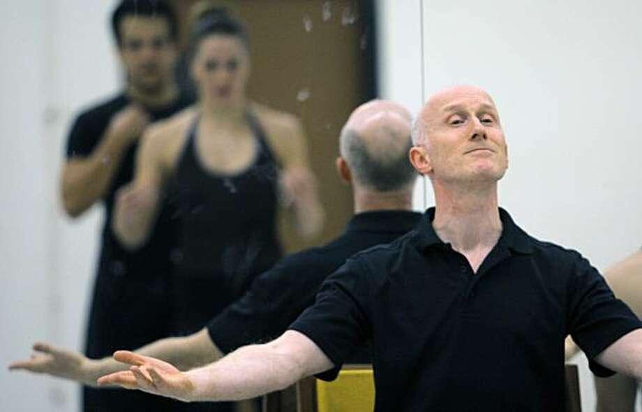 Graham Lustig leads the Oakland Ballet through rehearsal on Wednesday, December 8, 2010, San Francisco, Calif. Photo: Adm Golub, The Chronicle