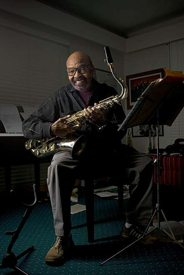 In this Jan. 8, 2009 photo, Jazz saxophonist James Moody is seen at his home in San Diego. Jazz saxophonist James Moody, who recorded more than 50 solo albums as well as songs with the likes of Dizzy Gillespie, Quincy Jones, Lionel Hampton and B.B. King, has died. He was 85. (AP Photo/The San Diego Union-Tribune, Nelvin C. Cepeda)  SAN DIEGO COUNTY OUT; NO SALES; COMMERCIAL INTERNET OUT; FOREIGN OUT; MANDATORY CREDIT; TV OUT; MAGS OUT Photo: Nelvin C. Cepeda, Associated Press 2009