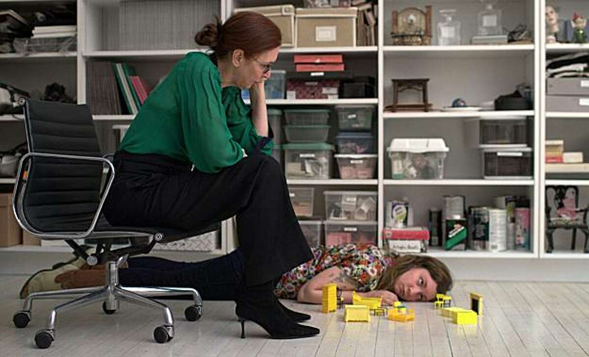 Laurie Simmons as Siri and Lena Dunham as Aura in TINY FURNITURE directed by Lena Dunham