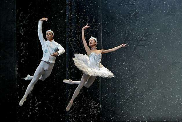 Artem Yachmennikov and Yuan Yuan Tan dance at the queen and king of the snow in the San Francisco Ballet Company production of the Nutcracker,  during a dress rehearsal, Thursday Dec. 9, 2010, at the War Memorial House in San Francisco, Calif. Photo: Lacy Atkins, The Chronicle