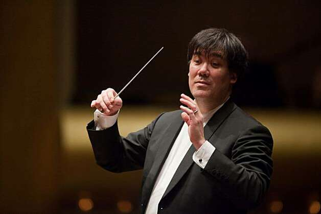 Alan Gilbert and the New York Philharmonic will be among the visiting orchestra's during the San Francisco Symphony's centennial Photo: Chris Lee, SF Symphony