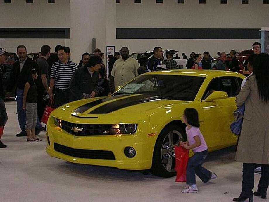 Big crowd around the Chevy Camaro Transformer edition at the SF International Auto Show 2009. Photo: Kevin Diamond