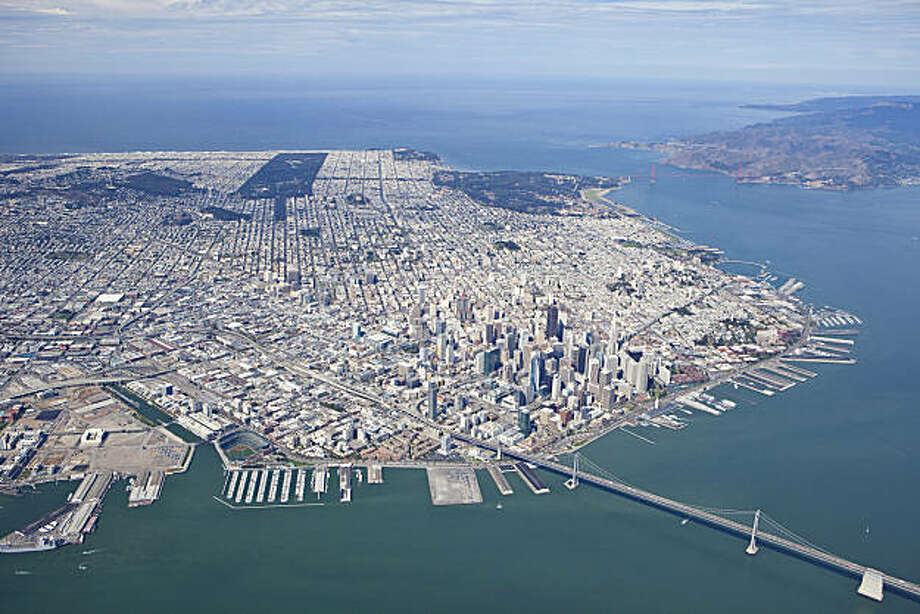 A 2009 aerial photo of San Francisco CA, showing the proposed staging area for the America's Cup. Photo: Brian Haux - Skyhawkphoto