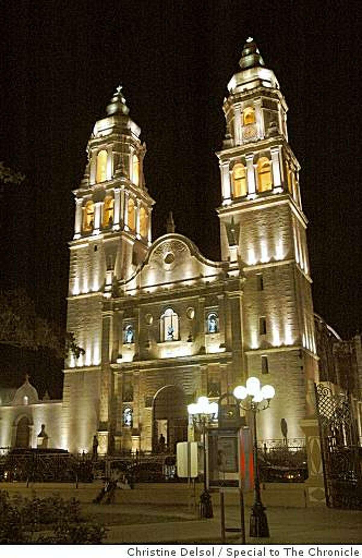 Campeche, Mexico -- Campeche, Mexico -- The Catedral de la Concepci?n towers over Parque Principal, Campeche's central square.