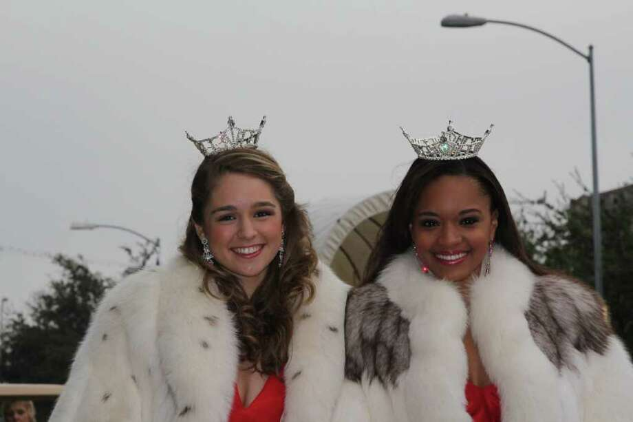 COURTESY PHOTO CHEERING ON A FRIEND: Miss Teen Houston, Margana Wood, left, and Miss Houston, Adrianna Nelson, will attend the Miss America pageant to support Miss Texas, Kendall Morris. Photo: Courtesy Photo