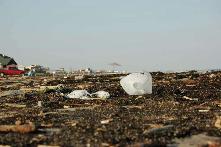 COURTESY TEXAS GENERAL LAND OFFICE ADOPT-A-BEACH BEACH TRASH: The state Adopt-A-Beach program estimates 70 percent of beach trash comes from land-based sources.