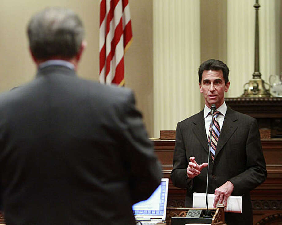 State Sen. Mark Leno, right, D-San Francisco, chair of the Senate budget committee, responds to a question concerning a package of budget bills from Senate Minority Leader Bob Dutton, left, R-Rancho Cucamonga, in Sacramento, Calif., Monday, Feb. 14, 2011. Photo: Rich Pedroncelli, AP