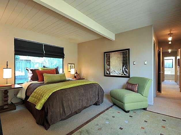 Spacious Palo Alto Home With Outdoor Living Sfgate