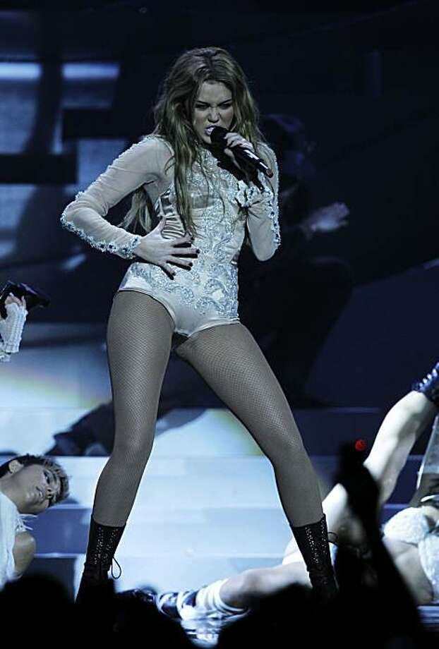 Singer Miley Cyrus performs at the MTV European Music Awards 2010, in Madrid, Sunday, Nov. 7, 2010. Photo: Joel Ryan, AP