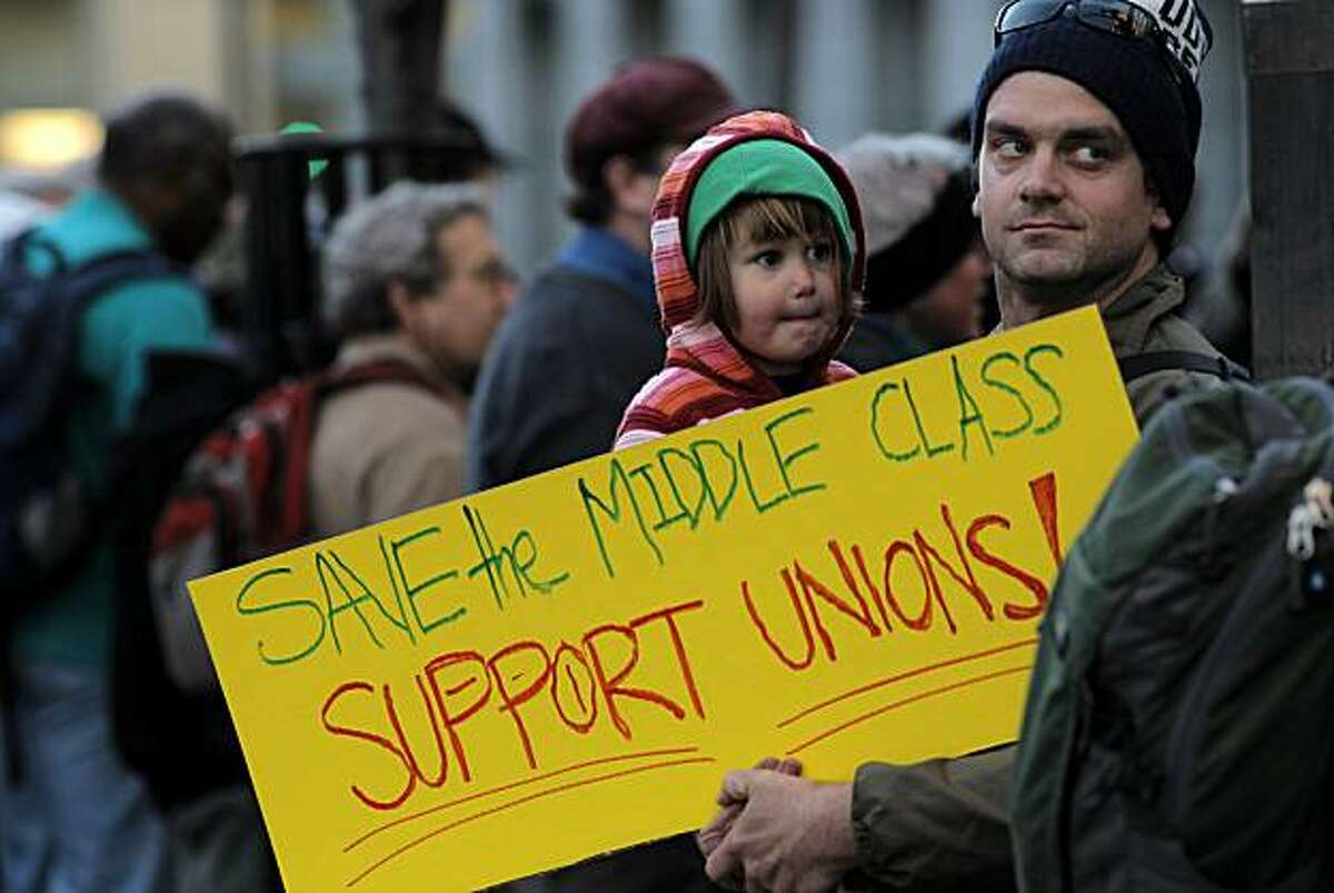 Showdown brewing over CA state employee pensions