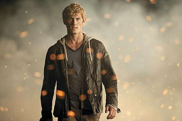 John (Alex Pettyfer) is on the run from ruthless enemies in DreamWorks Pictures? suspense thriller ?I Am Number Four.? Photo: John Bramley, DreamWorks