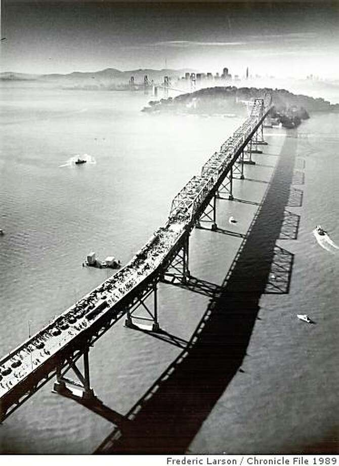 Bay Bridge_ph17.jpgNovember 16, 1989 - Bay Bridge walk looking towards San Francisco during the reopening of the bridge after the Loma Prieta earthquake.Frederic Larson/ San Francisco Chronicle File 1989 Photo: Frederic Larson, Chronicle File 1989