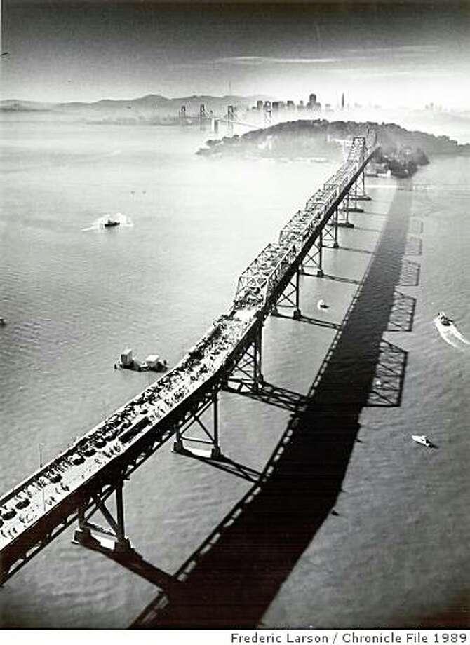 Bay Bridge_ph17.jpgNovember 16, 1989 - Bay Bridge walk looking towards San Francisco during the reopening of the bridge after the Loma Prieta earthquake.Frederic Larson/ San Francisco Chronicle File 1989 Photo: Frederic Larson, Chronicle File 1989
