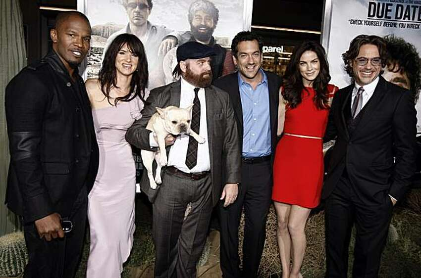 Due date movie cast