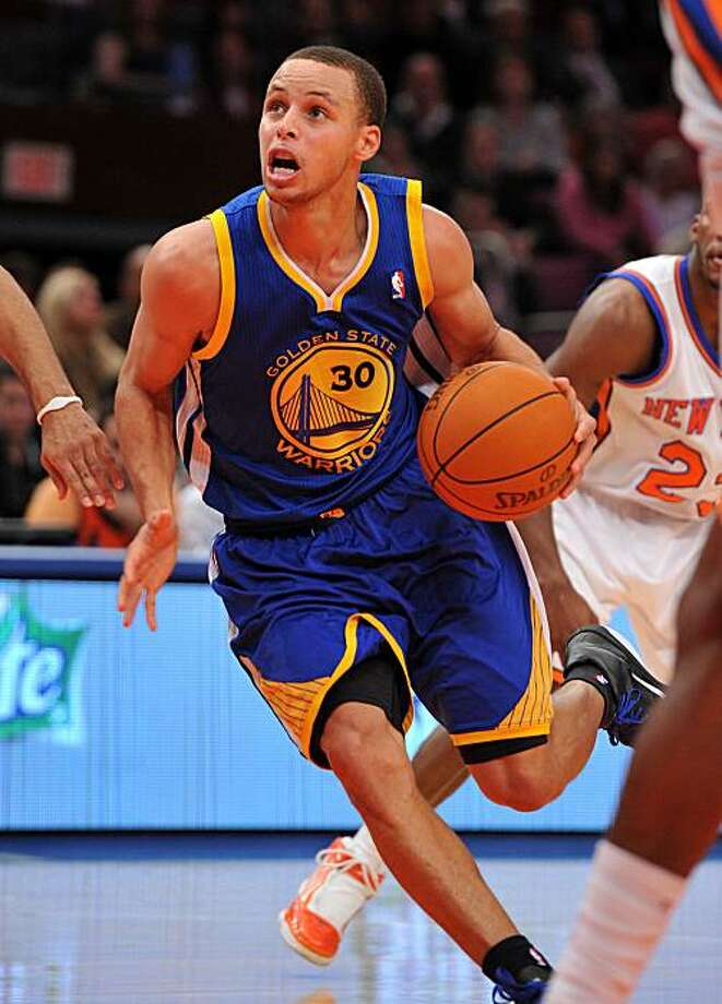 Golden State Warriors' Stephen Curry drives to the basket during the second half against the New York Knicks at Madison Square Garden in New York on Wednesday, November 10, 2010. Golden State defeated the Knicks, 122-117. Photo: Christopher Pasatieri, MCT