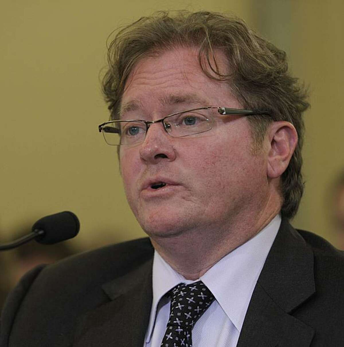 California Public Utilities Commission Executive Director Paul Clanon testifies before the Senate Commerce Committee during a hearing on Capitol Hill in Washington, Tuesday, Sept. 28, 2010, on the San Bruno, Calif., gas pipeline explosion. (AP Photo/Susan Walsh)