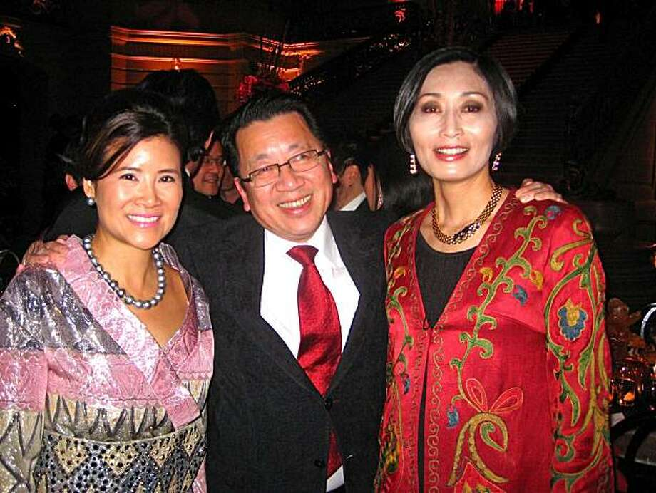 SF Symphony Chinese New Year Concert & Imperial Dinner co-chair Jennie Chiu (at left) with Gala Committee member Ben Fong-Torres and Dinner co-chair Yurie Pascarella at City Hall. Jan. 2011. By Catherine Bigelow. Photo: Catherine Bigelow, Special To The Chronicle