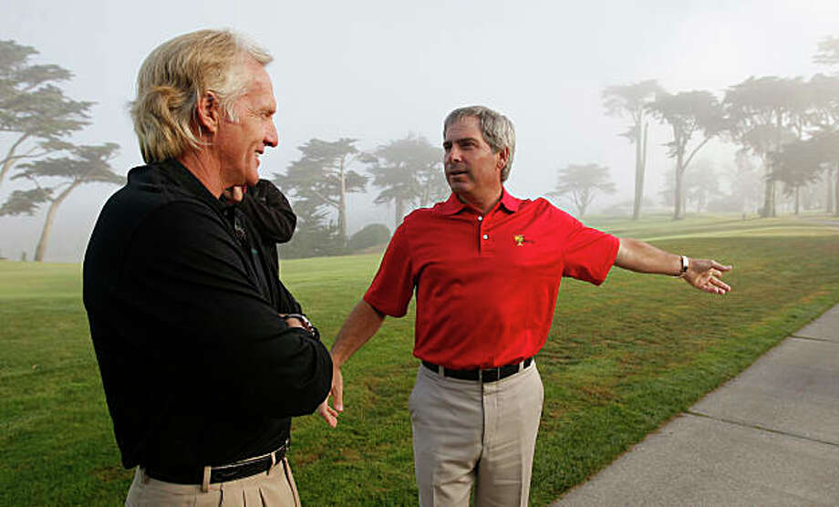 Greg Norman (left) and Fred Couples are team captains for the International and USA teams respectively, for the President's Cup gollf tournament that will be played at Harding Park Golf Course in San Francisco next October 2009. They talk things over on the 18th fairway at Harding Park in San Francisco, Calif. on Wednesday Oct. 8, 2008. Photo: Michael Macor, The Chronicle / SFC