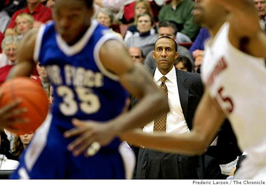 Stanford Cardinal Head Coach Johnny Dawkins looks over the court while his team plays the Air Force Falcons at Maples Pavilion in Palo Alto, Calif., on Wednesday, Nov. 26, 2008. Photo: Frederic Larson, The Chronicle