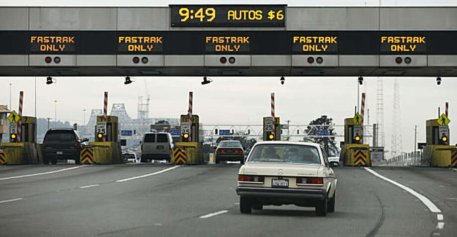 Bay Bridge commuters crossing the bridge during peak hours pay two dollars more than off peak travelers. Tuesday Jan 11, 2011. Photo: Lance Iversen, The Chronicle